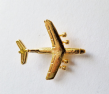 Lockheed C-141 Starlifter Gilt Pin Badge - FG37